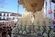El Albaicín canta 'Guapa, guapa y guapa' a la Aurora de Granada