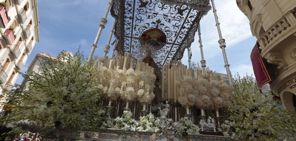 Resurrección y Triunfo cierra la Semana Santa de Granada