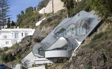 Dedican una serie documental a la espectacular 'casa del dragón' construida en Granada