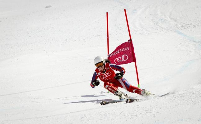 La granadina Irene Álvarez logra el bronce en el Campeonato de España de súper gigante
