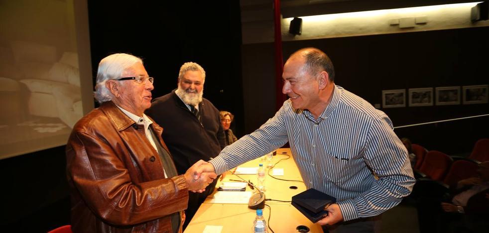 Alfredo Aguilar recibe el II Premio Carlos Pérez Siquier de fotografía