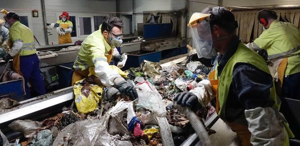 Descubren y detienen a la madre del bebé que apareció muerto en enero en la planta de basuras de Alhendín