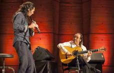 Pepe Habichuela recibe el Premio de Cultura Gitana a la música