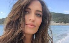Sara Carbonero luce espectacular los nuevos bañadores de Calzedonia: cómpralos con descuento
