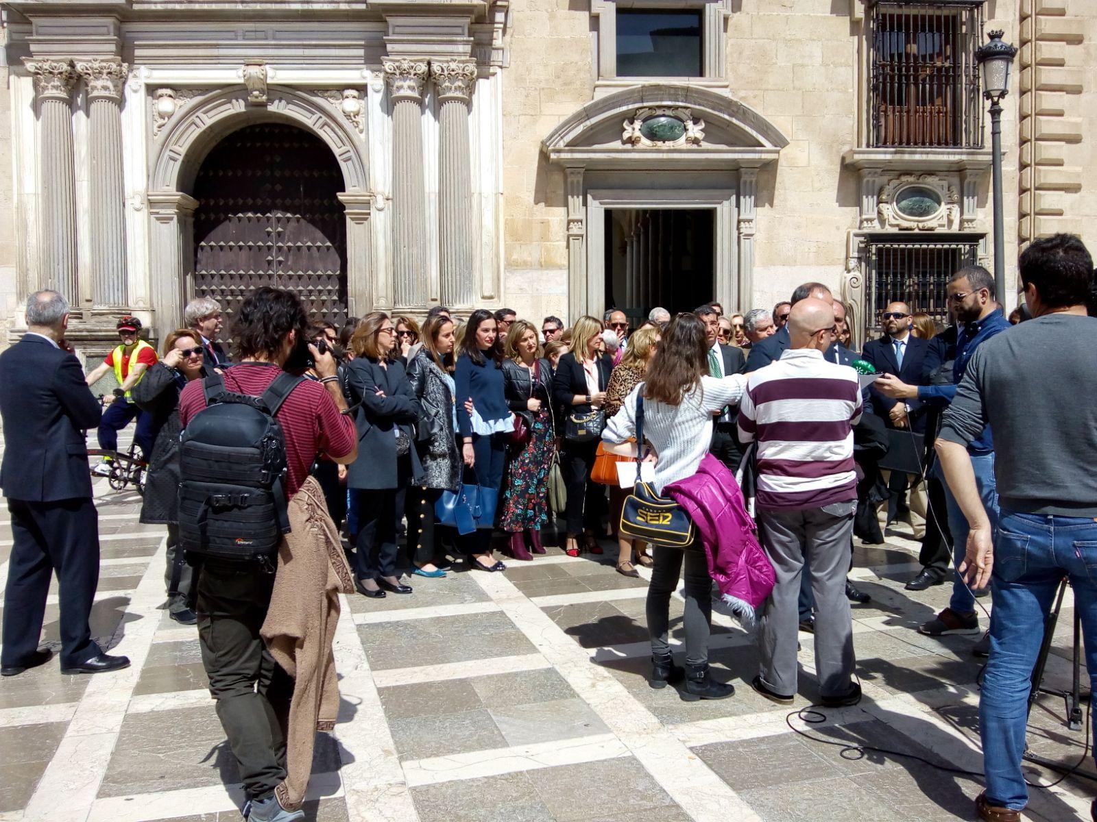 Los jueces y fiscales de Granada salen a la calle para exigir mejoras en la Administración de Justicia