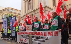 La mitad de los policías locales de Almería superan los 50 años