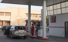 El precio de la gasolina en Granada alcanza en abril uno de sus máximos en tres años