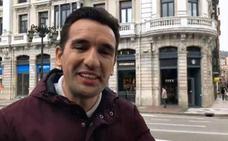 «Sois gilipollas», indignación por la crítica de un famoso humorista a los 'primeros' del Starbucks de Oviedo