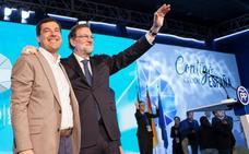 Moreno pide el voto útil de Cs para ganar en Andalucía y Rajoy insta a los andaluces a «dejar atrás el pasado» socialista