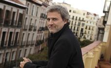 Podemos y PSOE apoyan a Alberto San Juan ante el «intento de censura» del PP
