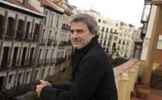 La Diputación de Granada denuncia la «intolerancia» del PP hacia la obra de Alberto San Juan