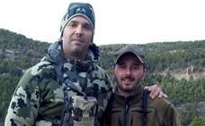 El hijo de Trump caza en Teruel cabras montesas