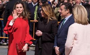 El deseado abrigo favorito de la reina Letizia que puedes encontrar en Zara