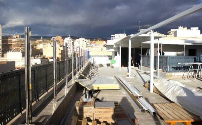 La terraza de la EMMA, a punto de abrir tras conseguir su última licencia