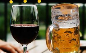 Los médicos alertan de los vasos de cerveza y vino que te acortan la vida