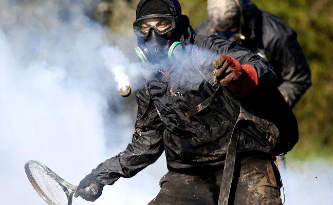 Tenis contra el gas lacrimógeno