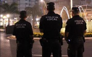 La Policía Local de Motril detiene a un hombre por un presunto delito de malos tratos
