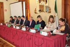 La Junta destina un millón de euros para atender a los 900 menores en situación de riesgo