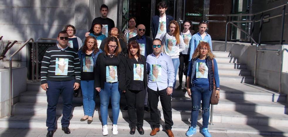 Reclaman «justicia» para el asesinado por su sobrino en Albox