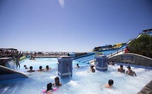 El parque acuático de Almuñécar busca trabajadores para preparar su 30 aniversario