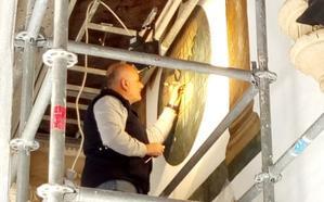 Así se restauran escudos, puertas y ventanas en el TSJA, un edificio de más de 500 años