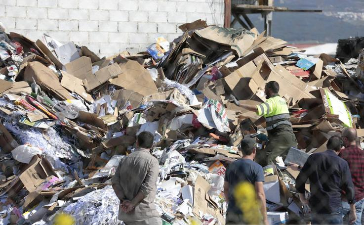 Encuentran un cadáver «destrozado» en una planta de reciclaje de Granada