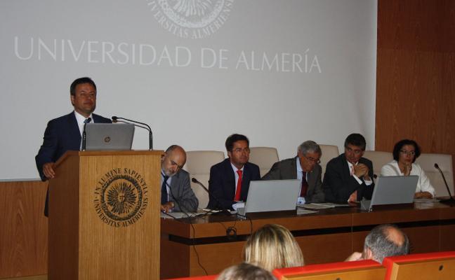 La UAL acogerá el más alto nivel nacional en Derecho Administrativo
