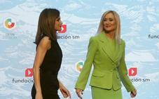 Ni una palabra, ni miradas: la indiferencia de la reina Letizia con Cristina Cifuentes se hace viral