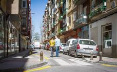 Menos aparcamientos para facilitar el acceso a vehículos de emergencias