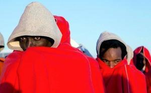 Llegan en buen estado a Motril los 53 inmigrantes rescatados cerca de Alborán