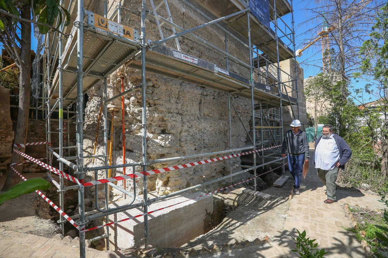 Granada recupera el paseo sobre la milenaria muralla Zirí del Albaicín