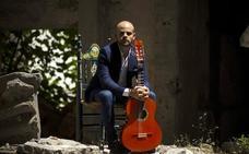 «El artista se siente más identificado con la música que compone»