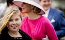 La polémica muñeca de la heredera al trono en Países Bajos