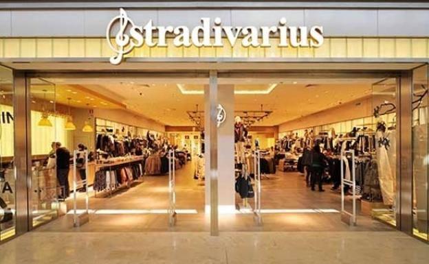 La prenda clon de Stradivarius: de 500 a 20 euros