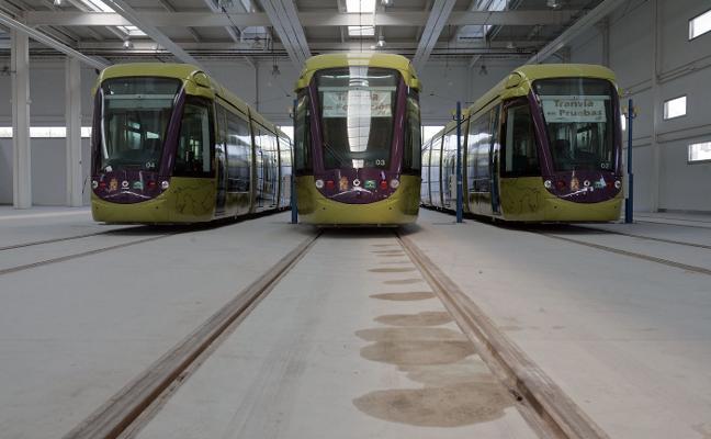 La Junta y el Ayuntamiento insisten en que el tranvía «se va a poner en marcha»