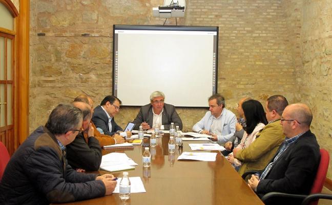 La Diputación aborda con los ayuntamientos el sistema de abastecimiento del Víboras