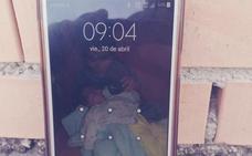 ¿Es tuyo este teléfono móvil encontrado en Granada? Las redes se movilizan para dar con el dueño