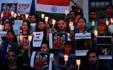 India instaura la pena de muerte para violadores de niños