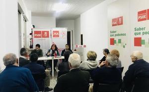 El PSOE de Granada reclama «pensiones dignas» en el medio rural y soluciones a la brecha de género