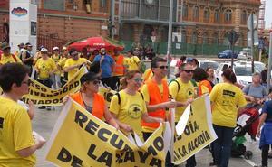 Siete kilómetros de caminata para exigir servicios para La Cañada