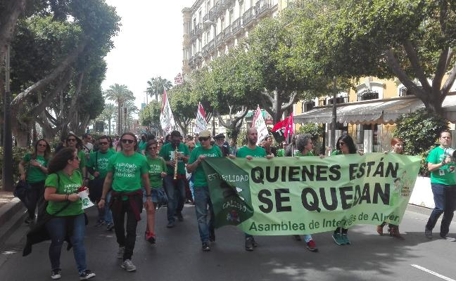 Las movilizaciones de los interinos prosiguen con protestas y asamblea