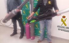 Detenido por crear bazocas 'lanzapatatas' para venderlos online