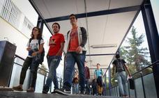 Siete de cada diez alumnos de la UGR tienen beca del Gobierno o de la Junta