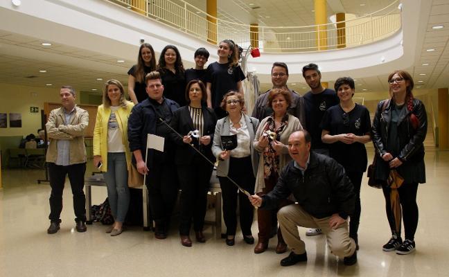 La Universidad comienza con una exposición los actos de homenaje a Mamadou Teatro