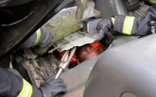 Descubren a un menor en el doble fondo de un coche en la frontera de Melilla