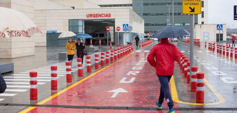 Los MIR de Granada siguen adelante con la huelga en Urgencias tras fracasar las primeras negociaciones con el SAS