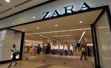 La extraña camiseta de Zara que ha dejado heladas a muchas mujeres