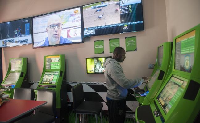 Las salas de juego se abonan a las apuestas deportivas: 350 máquinas en sólo medio año