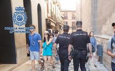 Detenido en Granada un joven por llevarse teléfonos móviles por el método de la muleta