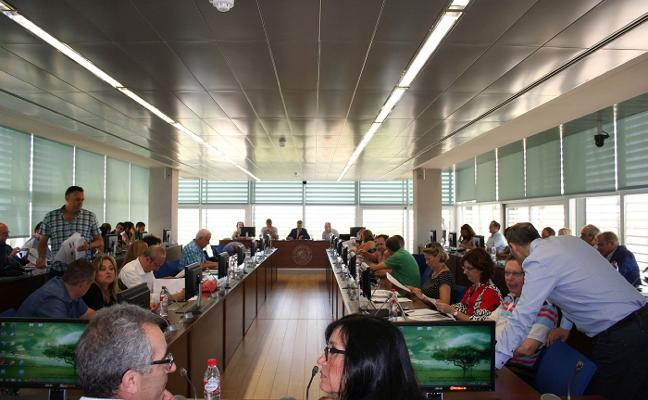 El rector impulsará la llegada del Grado de Medicina por ser «una demanda social»